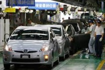 Japan's industrial production rises a little in October