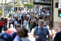 Australia Retail Sales Rise More than Expected